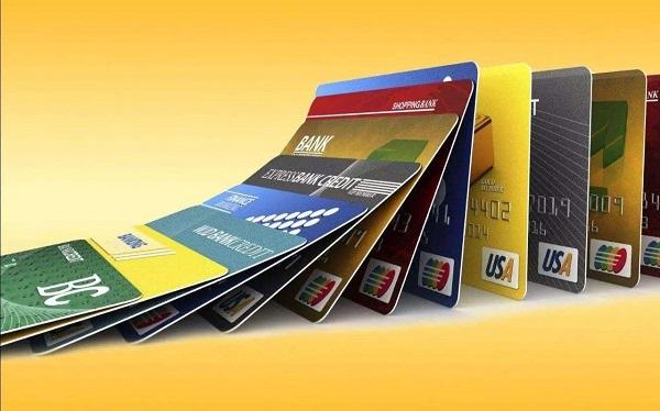哪些信用卡刷卡时有返现?不可错过的返现信用卡推荐!