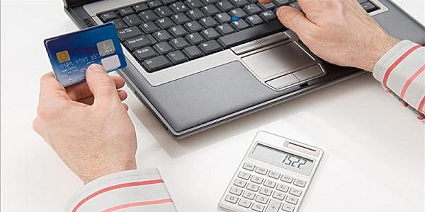 新手小白怎样选择信用卡?三大要素助你一臂之力!