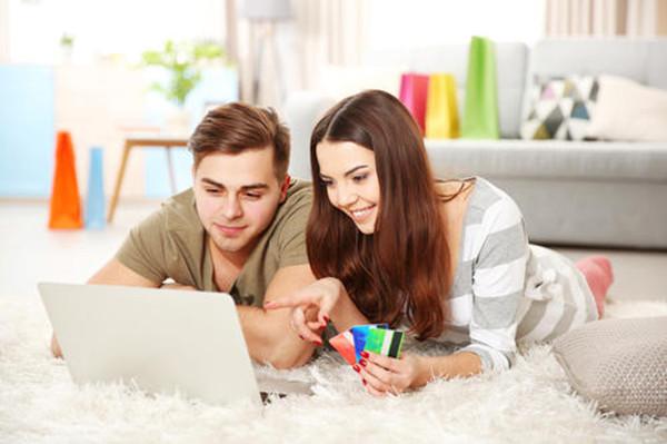 有哪些适合情侣使用的信用卡?情人节必备信用卡来袭!