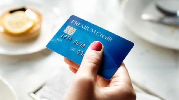 有逾期记录可以办信用卡吗?征信逾期办信用卡批了!插图(1)