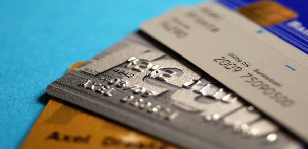 信用卡逾期影响买房贷款吗?这些后果你要清楚!插图