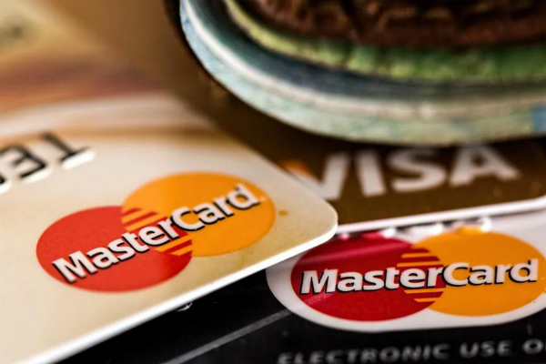 信用卡逾期还清后还能继续用吗?想用做好这几点!插图(2)