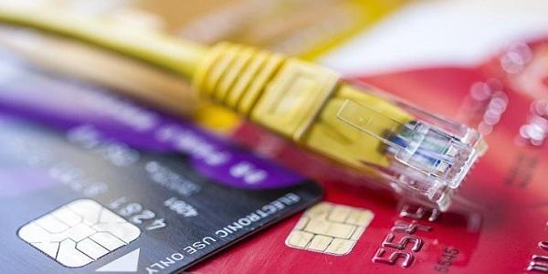 信用卡临时额度怎么变成固定额度?这样用才能永久!插图(1)