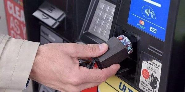 哪些信用卡加油可以返现?想要办信用卡的车主看看这几张!