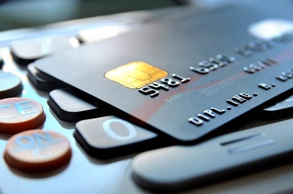信用卡申请次数多弄花征信怎么办?怎样才能成功下卡?