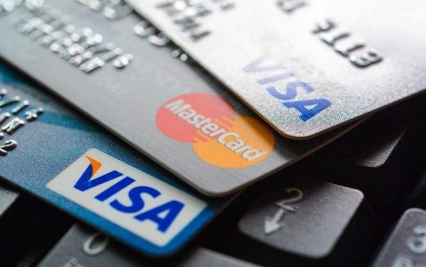 办理信用卡和支付宝花呗有关系吗?花呗逾期会不会影响下卡?