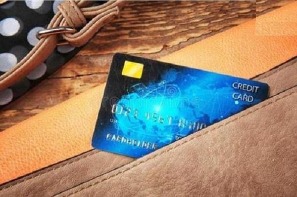 网贷会对信用卡有影响吗?小心卡片被降额!