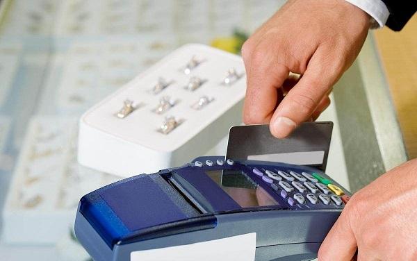花呗逾期会影响信用卡的使用吗?这些影响要知道!