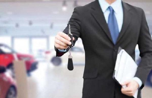 贷款买车服务费5000正常吗?要不要给-贷大婶