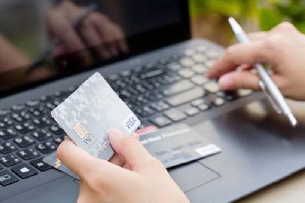信用卡有几天的宽限期?宽限期内还款也不行!