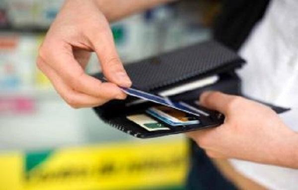 信用卡用多久能提升额度?用一个月会涨额度吗?